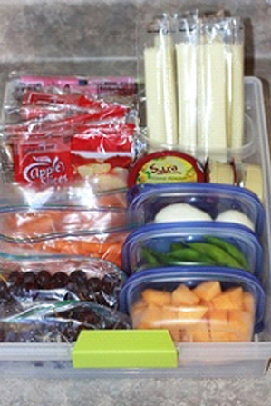 Create a Healthy Snack Drawer for your Fridg